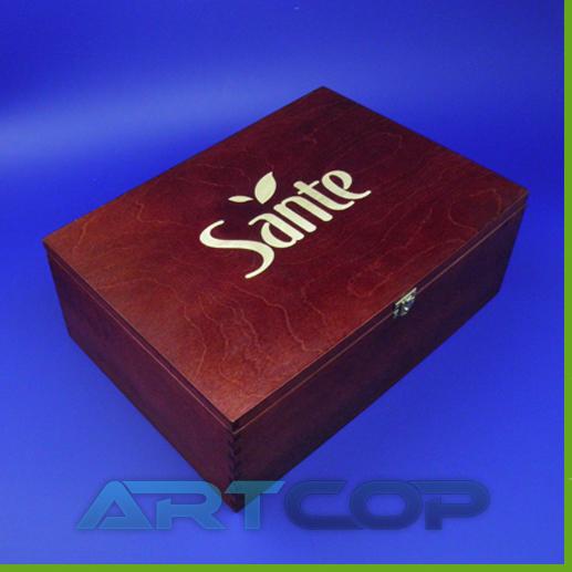 Grawerowanie skrzynki drewnianej dla Sante - kadr 1.jpg
